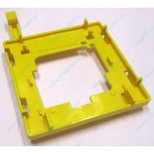 Жёлтый держатель-фиксатор HP 279681-001 для крепления CPU socket 604 к радиатору (Кратово)